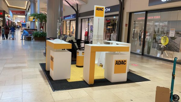 ADAC Vertriebsagentur Marita Günther im Einkaufszentrum